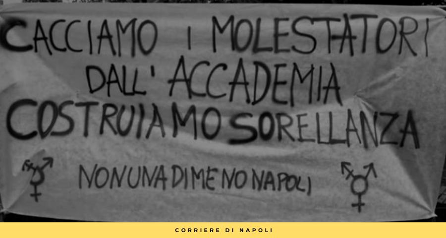 """Accademia Belle Arti di Napoli, l'audio choc del docente: """"Mandami foto anche senza reggiseno"""""""