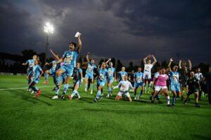 Napoli si innamora del calcio al femminile